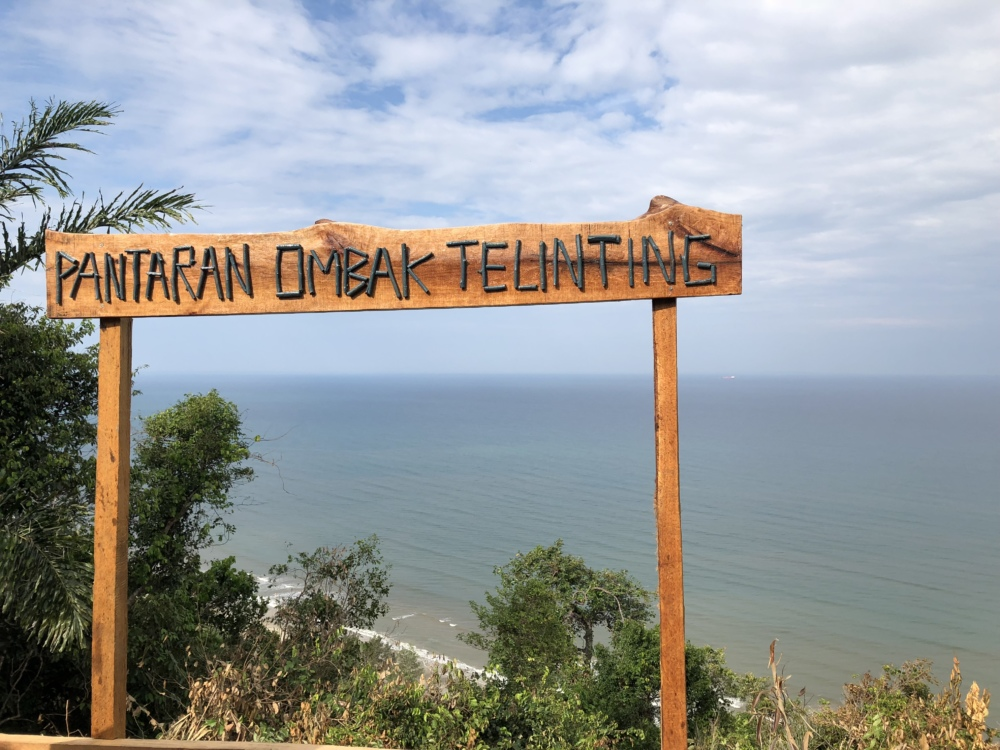 Kinandukan Hill and Telinting Beach, Kampung Kelanahan Papar